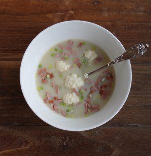 Hjemmelaget blomkålsuppe