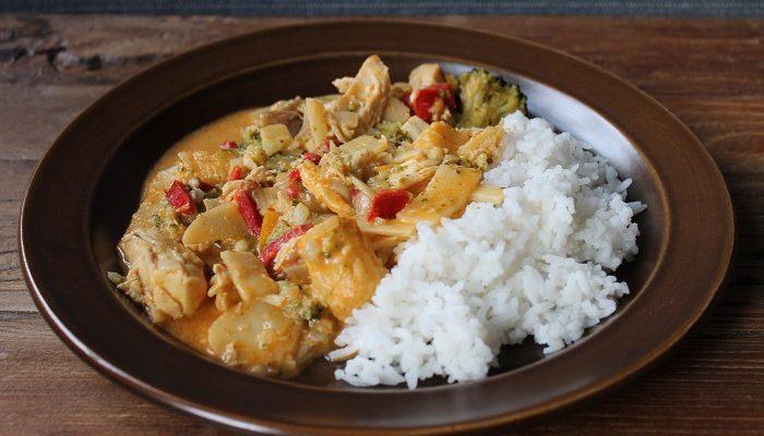 Kyllinggryte med kokosmjølk og red curry paste